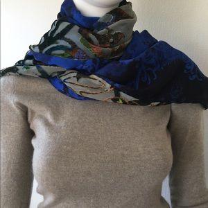 Cynthia Rowley 2 sided scarf: silk-like/burnout